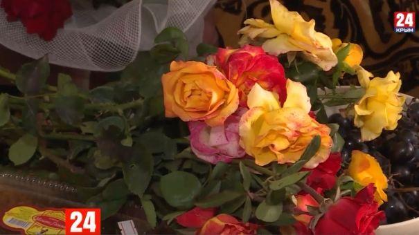 Старейшая представительница партии «Единая Россия» в Крыму отметила 91-й день рождения
