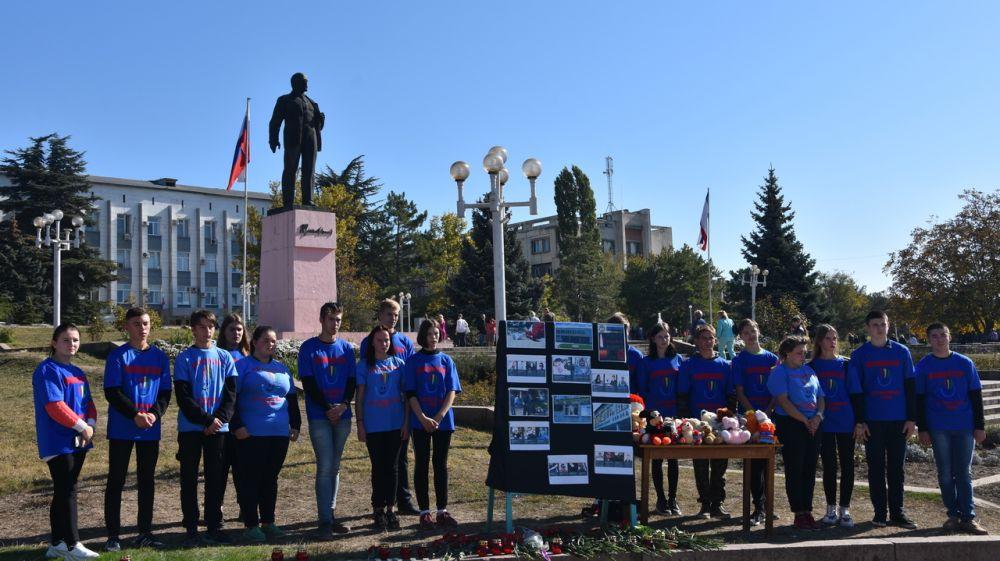 В Бахчисарае состоялось памятное мероприятие по погибшим в Керченском политехническом колледже