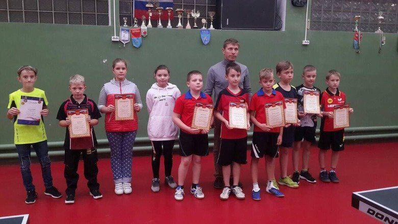 Теннисисты Ялты стартовали в главных соревнованиях Крыма