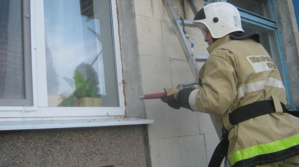 Огнеборцы ГКУ РК «Пожарная охрана Республики Крым» регулярно проводят пожарно-тактические занятия