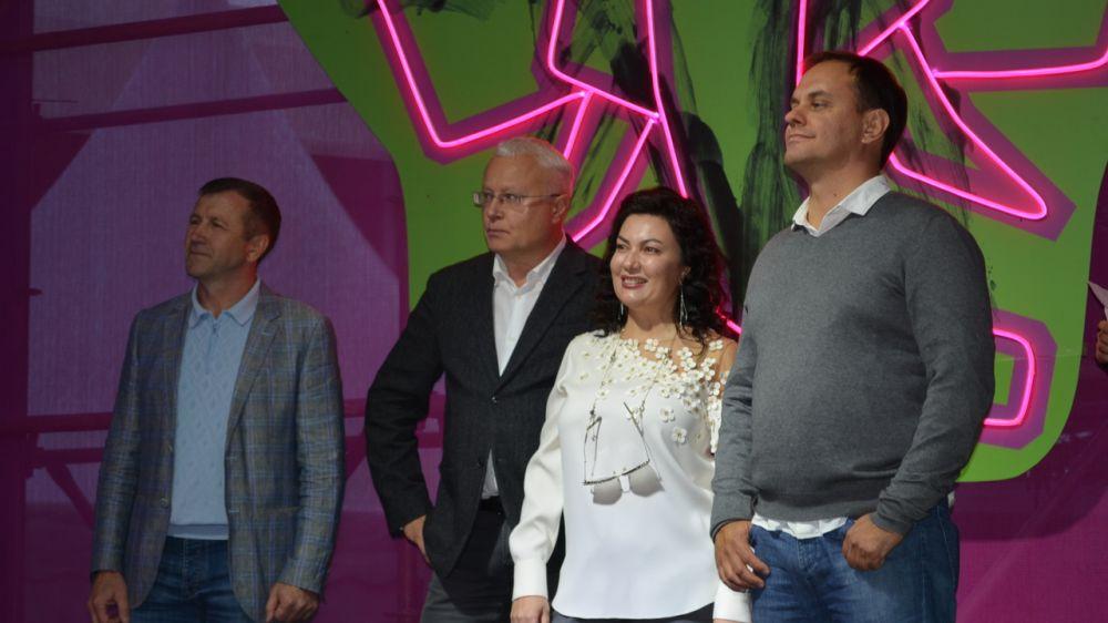Арина Новосельская приняла участие в торжественном открытии Фестиваля современной культуры, музыки и экологии «Алушта. Green»