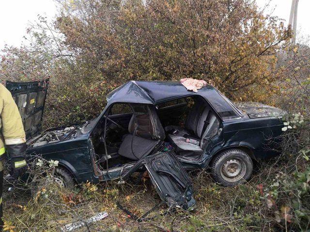 В Крыму в результате столкновения легковушек пострадали три человека