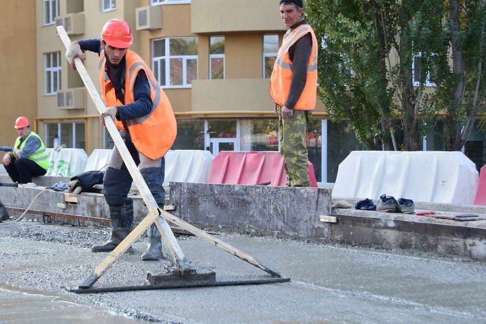 Как ремонтируют мост на ул. Толстого в Симферополе