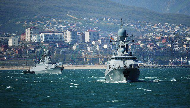 Корабли Каспийской флотилии вошли в Азовское море