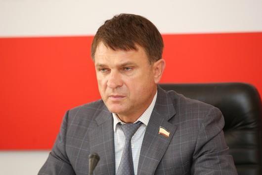 Крымские депутаты предложили снизить налоговую нагрузку при добыче нефти на полуострове