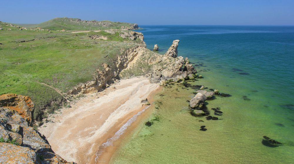 Минприроды Крыма разъясняет о порядке посещения Караларского природного парка и генеральских пляжей