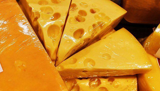 Добрблю, Камамбер, Бри: в Крыму опять сожгли санкционный сыр