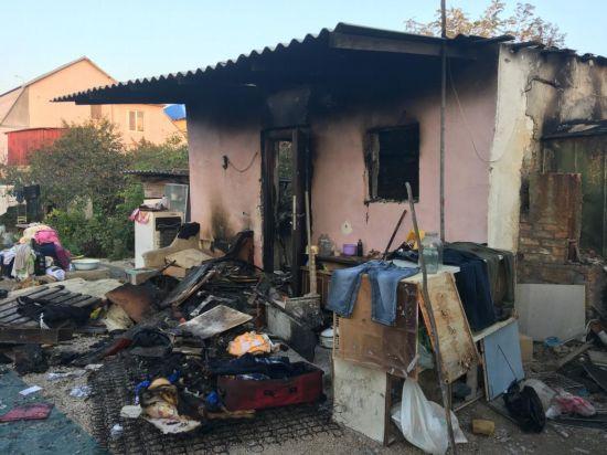 В Крыму девушка убила таксиста и сожгла его дом