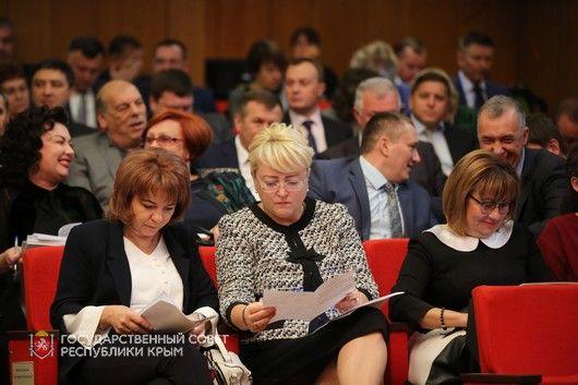 Общий объем доходов республиканского бюджета увеличен на 1,2 миллиарда рублей