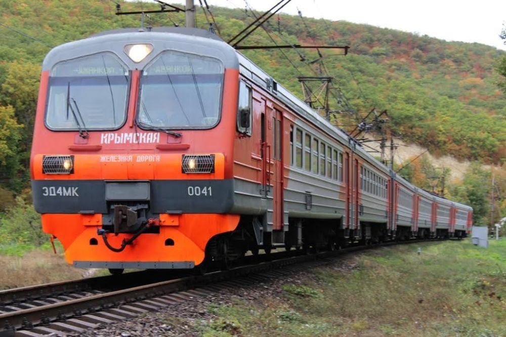 Крым готов на 100% к возобновлению ж/д перевозок с Украиной