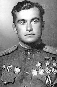 Алупка отметит 99-летие со дня рождения прославленного летчика Амет-Хана Султана