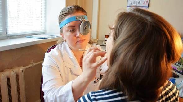 Правительство России сняло возрастные ограничения по программе «Земский доктор»