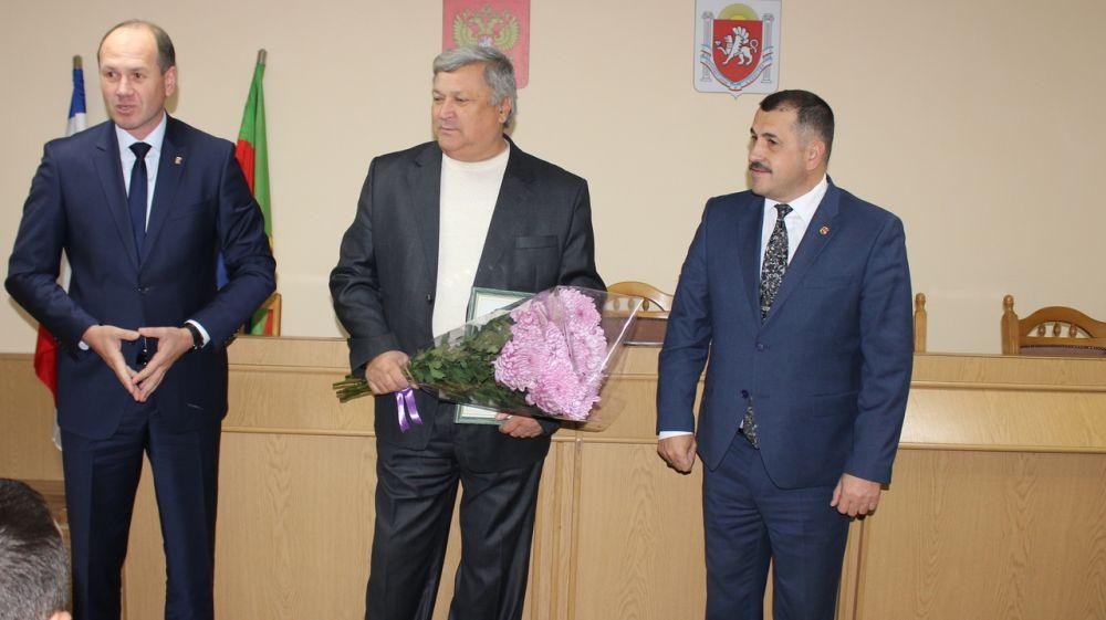 Олег Саннэ провел аппаратное совещание с руководителями организаций и учреждений района, а также начальниками структурных подразделений администрации