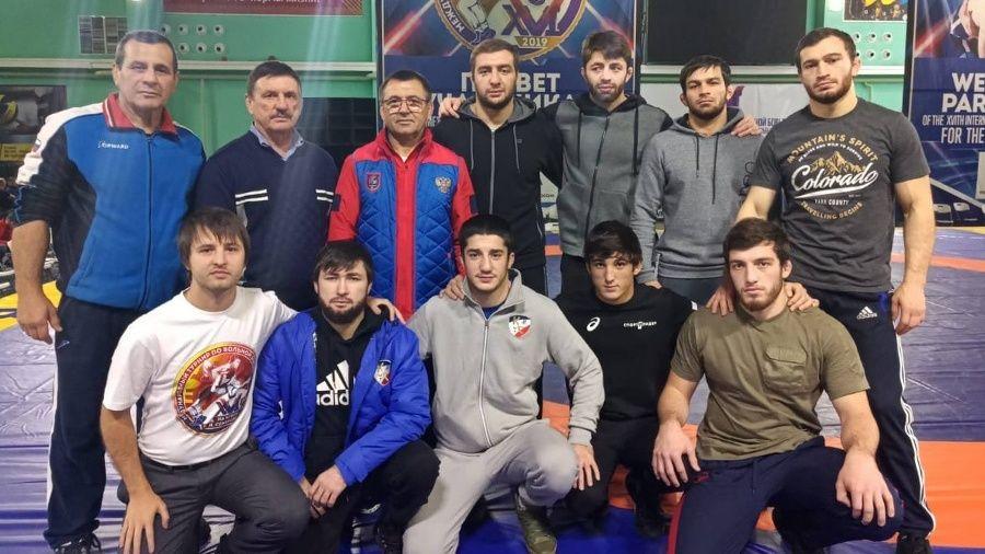 Симферопольский борец-вольник Малик Шаваев – серебряный призер международного турнира в Нефтеюганске!