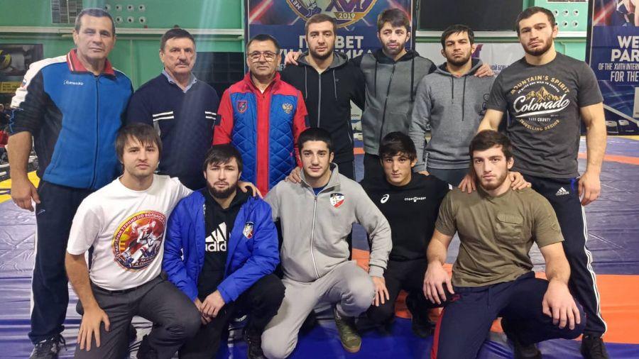 Симферополец Малик Шаваев выиграл серебряную медаль международного турнира по вольной борьбе