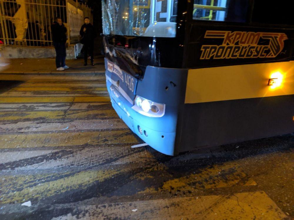 Полиция проводит проверку по факту ДТП с троллейбусом в Симферополе