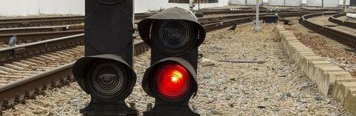 В Крыму 17-летний парень попал под поезд