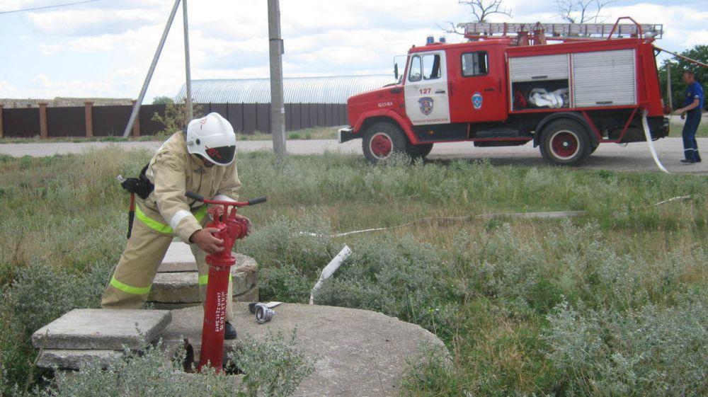 Все подразделения ГКУ РК «Пожарная охрана Республики Крым» проводят проверки пожарных гидрантов в зонах своей ответственности