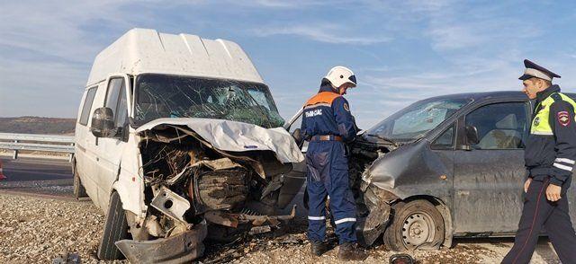 Стали известны подробности ДТП с тремя авто на трассе Симферополь-Севастополь