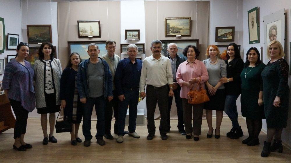 Выставка «Осман Чубаров. Грани творчества» открыта в Крымскотатарском музее культурно-исторического наследия