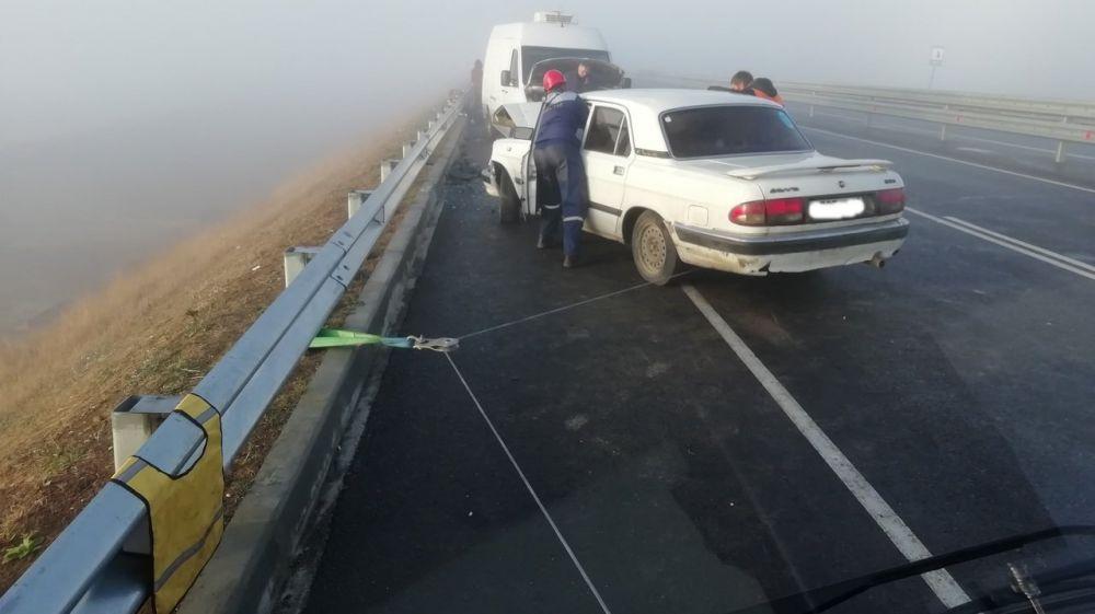 """5 машин столкнулись на """"Тавриде"""" из-за тумана"""