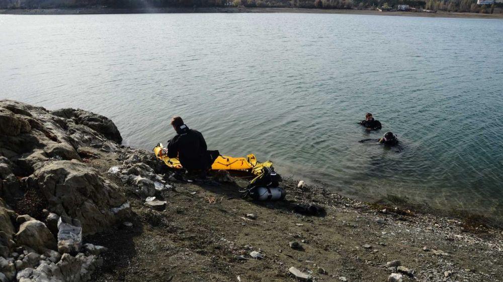 Специалисты «КРЫМ-СПАС» продолжают проводить тренировочные занятия по водолазным спускам