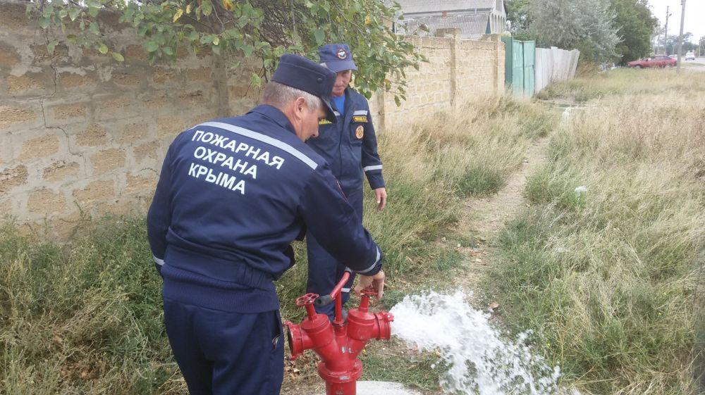 Специалисты ГКУ РК «Пожарная охрана Республики Крым» продолжают осуществлять проверки противопожарного водоснабжения на полуострове в осенне-зимний период