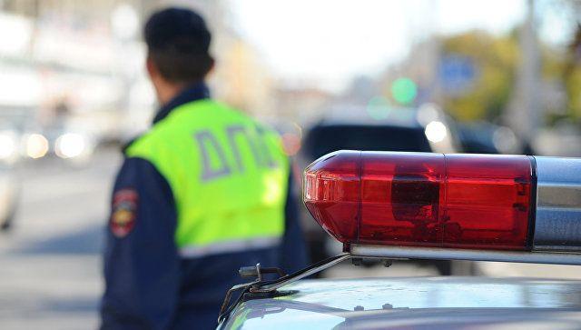 В Ялте прохожий помог злоумышленнику угнать автомобиль