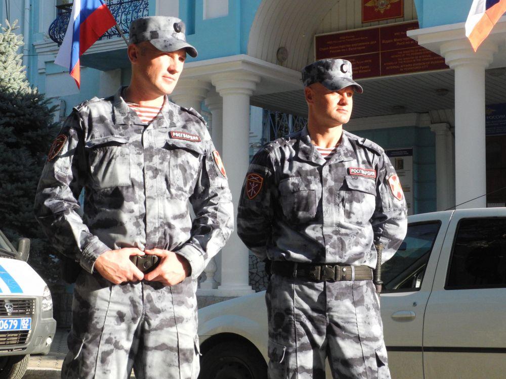 В Евпатории женщина чуть не убила сожителя, мужчину спасли Росгвардейцы