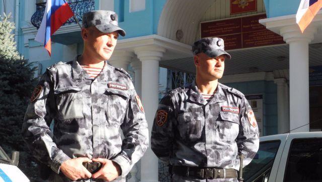 В Евпатории Росгвардейцы спасли мужчину от вооруженной собутыльницы