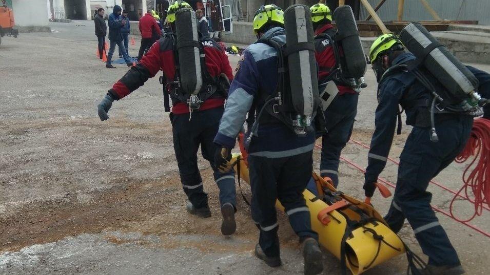 Сотрудники всех аварийно-спасательных отрядов «КРЫМ-СПАС» проводят масштабные тренировочные занятия по ликвидации последствий ЧС техногенного характера