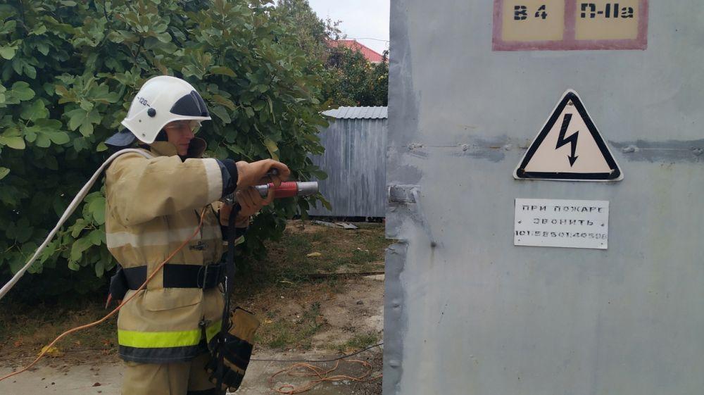 Для поддержания хорошей профессиональной формы сотрудники ГКУ РК «Пожарная охрана Республики Крым» систематически проводят тренировки