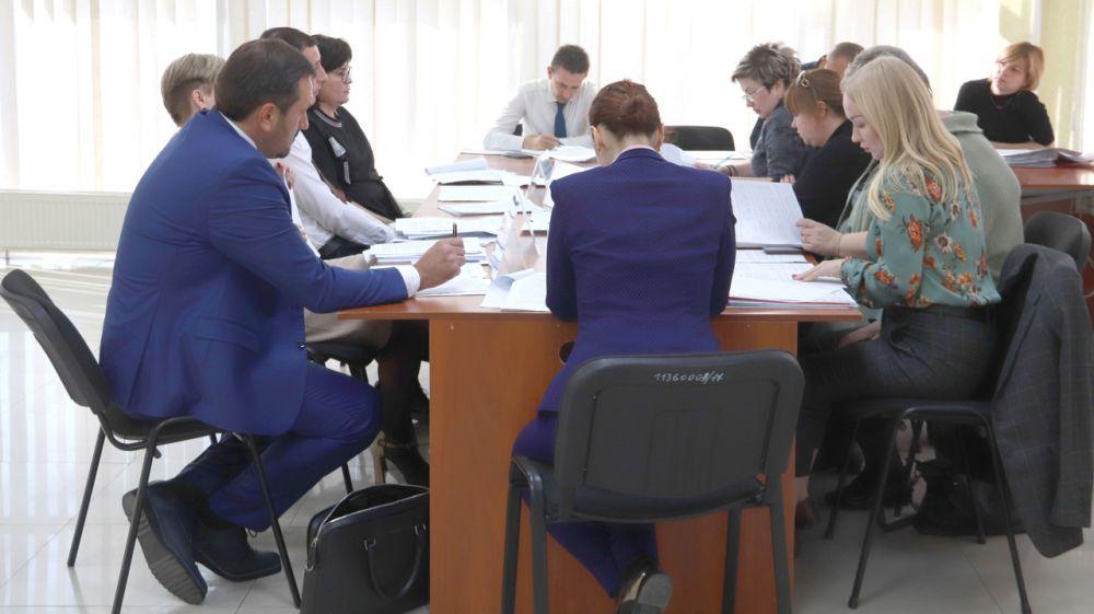 К концу 2019 года Крым БТИ будет предоставлять крымчанам еще 5 новых услуг — Александр Спиридонов