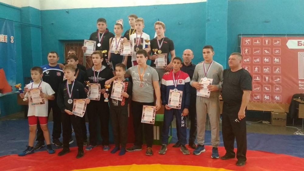 В Бахчисарае прошел борцовский турнир