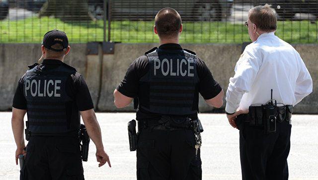 В США подросток с оружием напал на учебное заведение и сбежал
