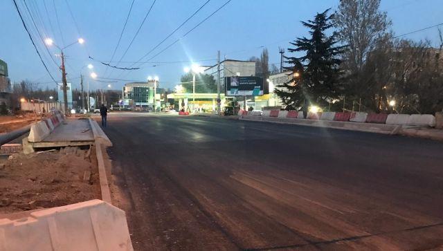 В ожидании пробок: в Симферополе открыли движение по мосту на Толстого