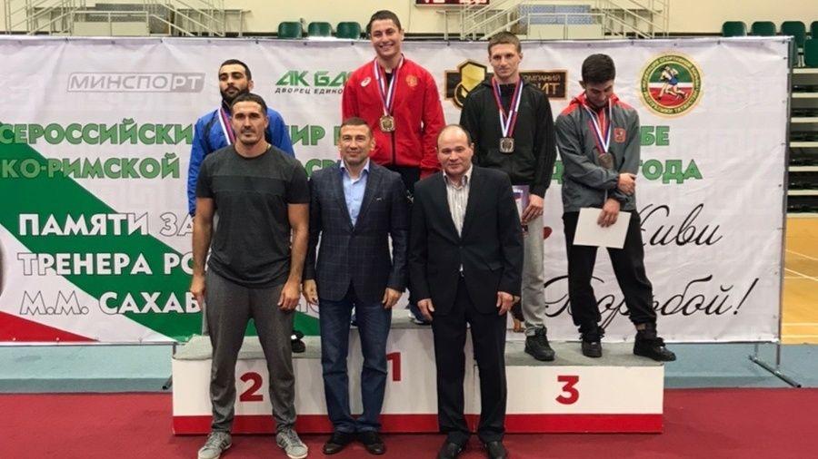 Бахчисараец Ридван Османов – победитель Всероссийского борцовского турнира в Казани!