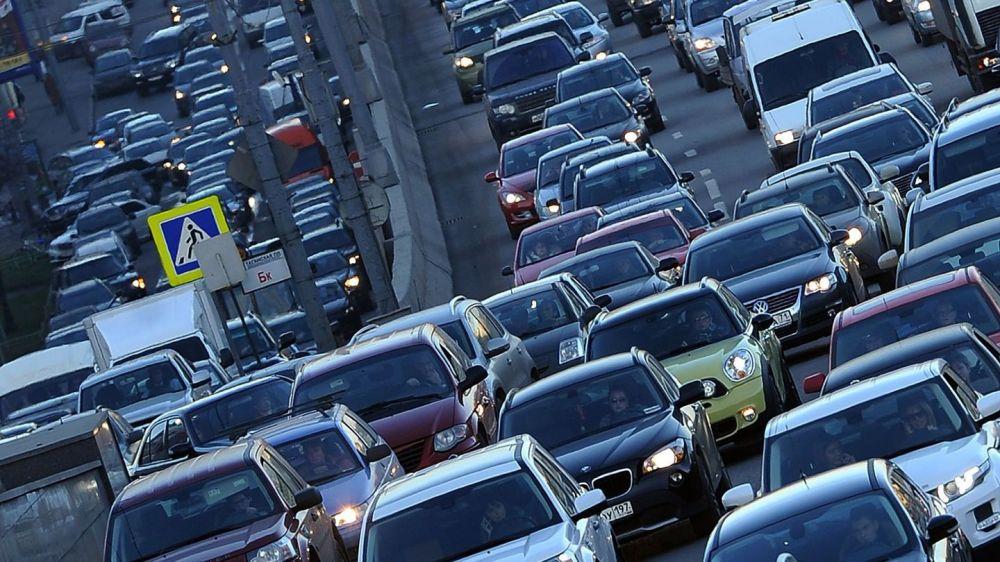 Движение остановилось: Симферополь снова увяз в пробках