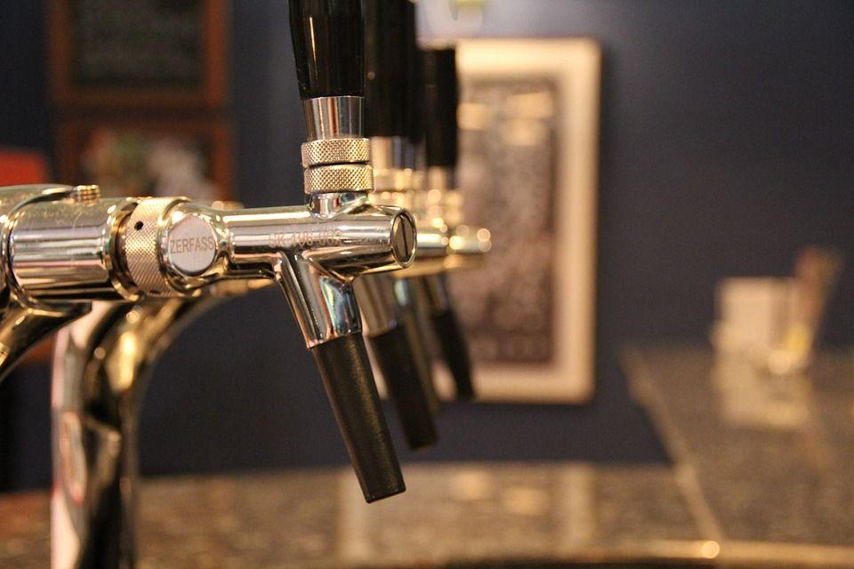 Пиво может вернуться на крымские стадионы