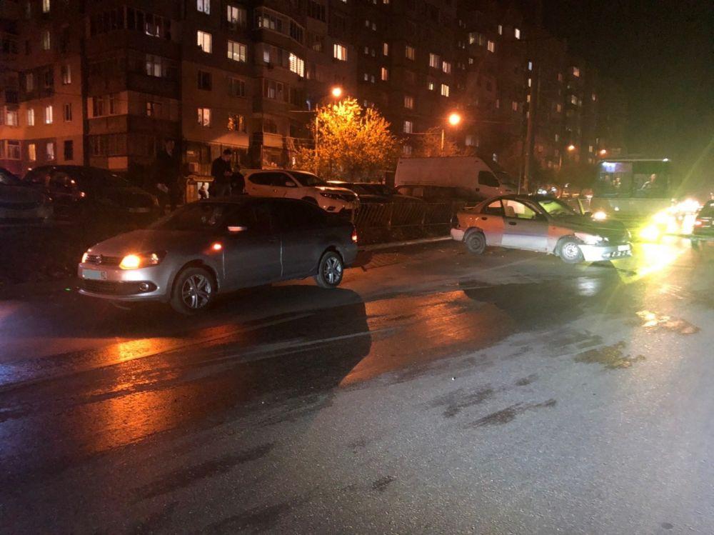 В Симферополе водитель разбил 4 машины