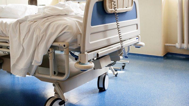 В Симферополе мужчина напал на охранника больницы