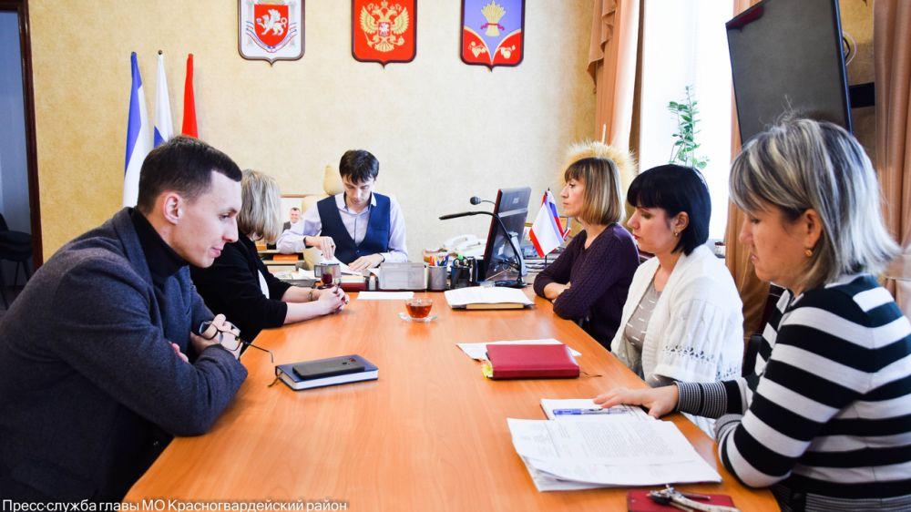 Глава района обсудил порядок исполнения поручений Госсовета