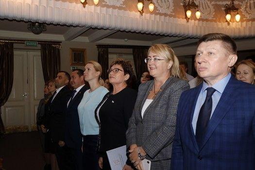Алла Пономаренко поздравила сотрудников налоговых органов Республики Крым с профессиональным праздником