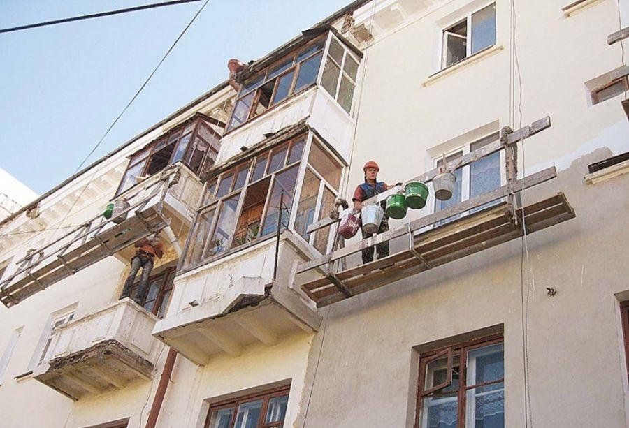 В Севастополе капитально отремонтировали тысячу домов
