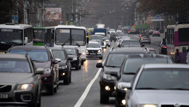 Столица Крыма встала в пробках: как объехать симферопольские заторы