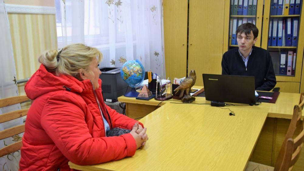 Роман Шантаев провел прием граждан в Октябрьской школе-гимназии