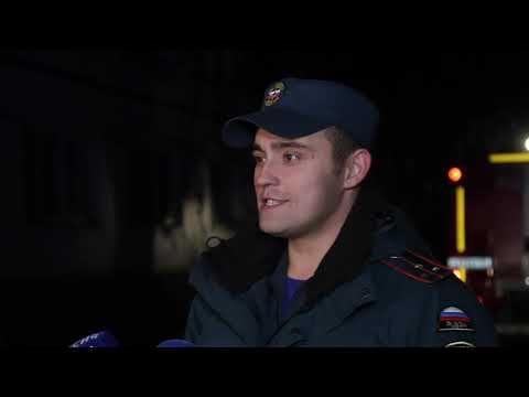 Пожарные показали, как пробираются через «парковочный хаос» севастопольских дворов