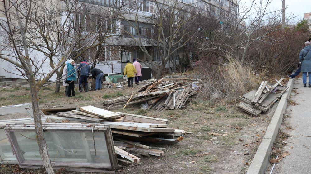 В Феодосии ликвидировали многолетнюю свалку пределах жилого массива