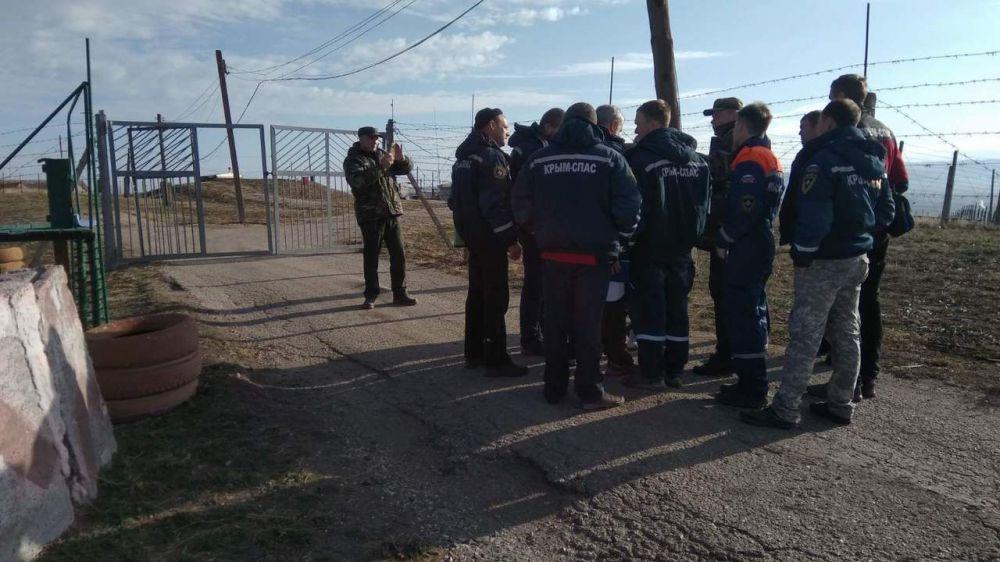 Специалисты Симферопольского АСО «КРЫМ-СПАС» провели тренировку на базе потенциально опасного объекта