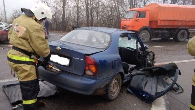 Крымские спасатели провели деблокацию пострадавшего при ДТП